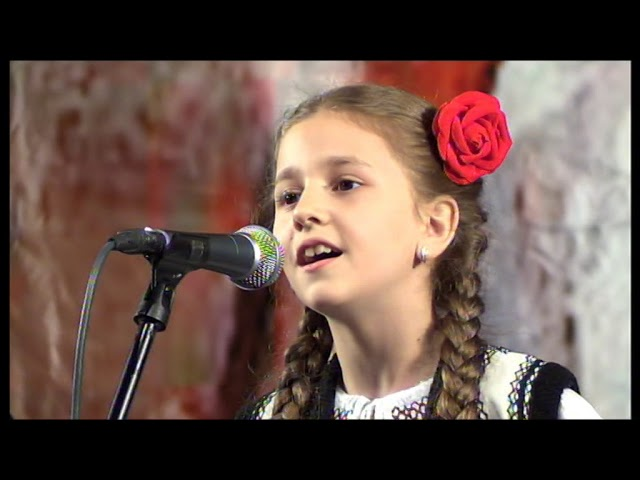 "Festivalul ""Cantec drag din plai strabun,,2018 clip 38"