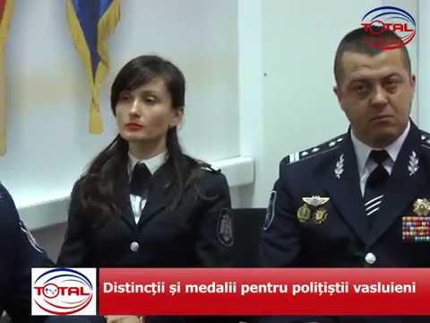 Distincții și medalii pentru polițiștii vasluieni