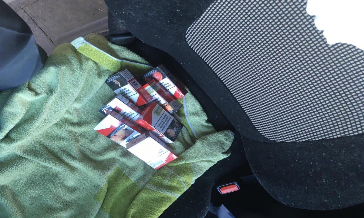 Å¢igÄ_ri de contrabandÄ_ ascunse în cabina unui camion1